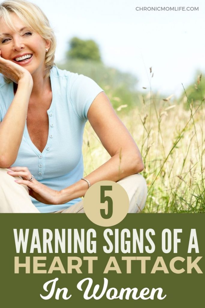 Would you know the symptoms of a heart attack? Learn the 5 warning signs of a heart attack in women. #womenshealth #menopause #selfcare